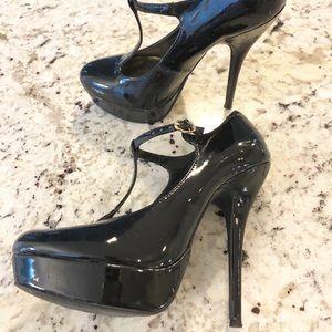 Steve Madden black patent maryjanes tstrap heels
